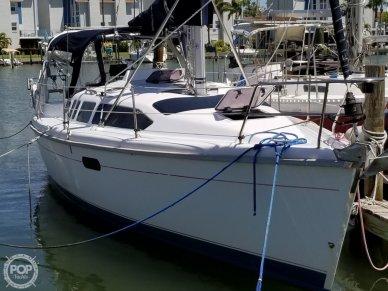 Hunter 340, 33', for sale - $55,000