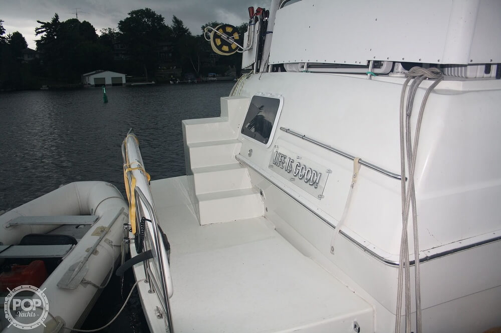 1994 Silverton boat for sale, model of the boat is 41 ACMY & Image # 22 of 40