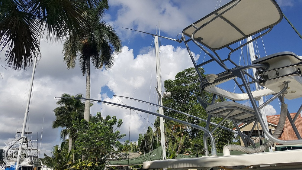 1999 Wellcraft boat for sale, model of the boat is 290 Coastal & Image # 13 of 40