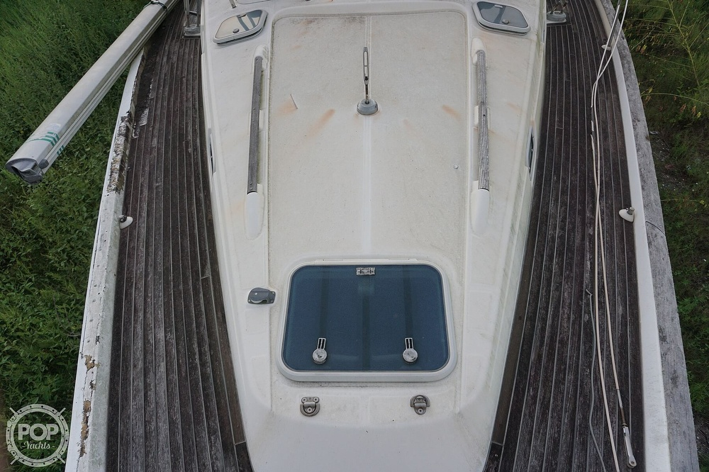 1995 Beneteau boat for sale, model of the boat is 44 CC & Image # 40 of 40