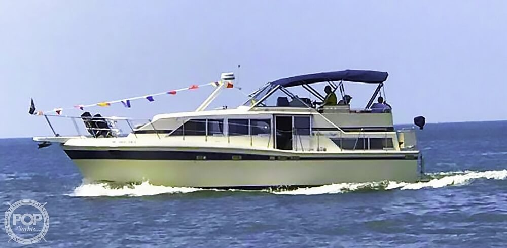 1984 Chris Craft boat for sale, model of the boat is 381 Catalina & Image # 10 of 40