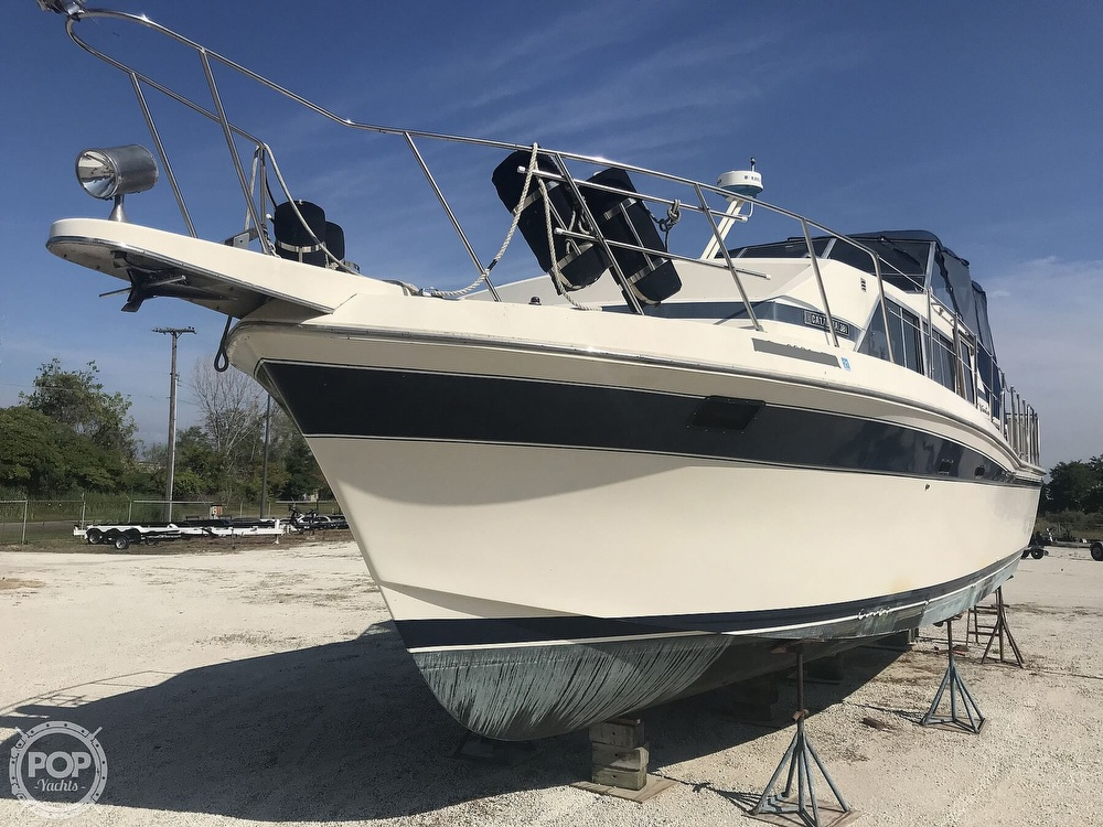 1984 Chris Craft boat for sale, model of the boat is 381 Catalina & Image # 2 of 40