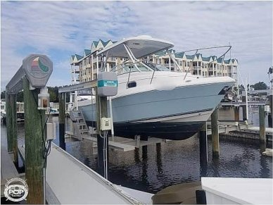 Cobia 256 Express Cruiser, 25', for sale - $54,300