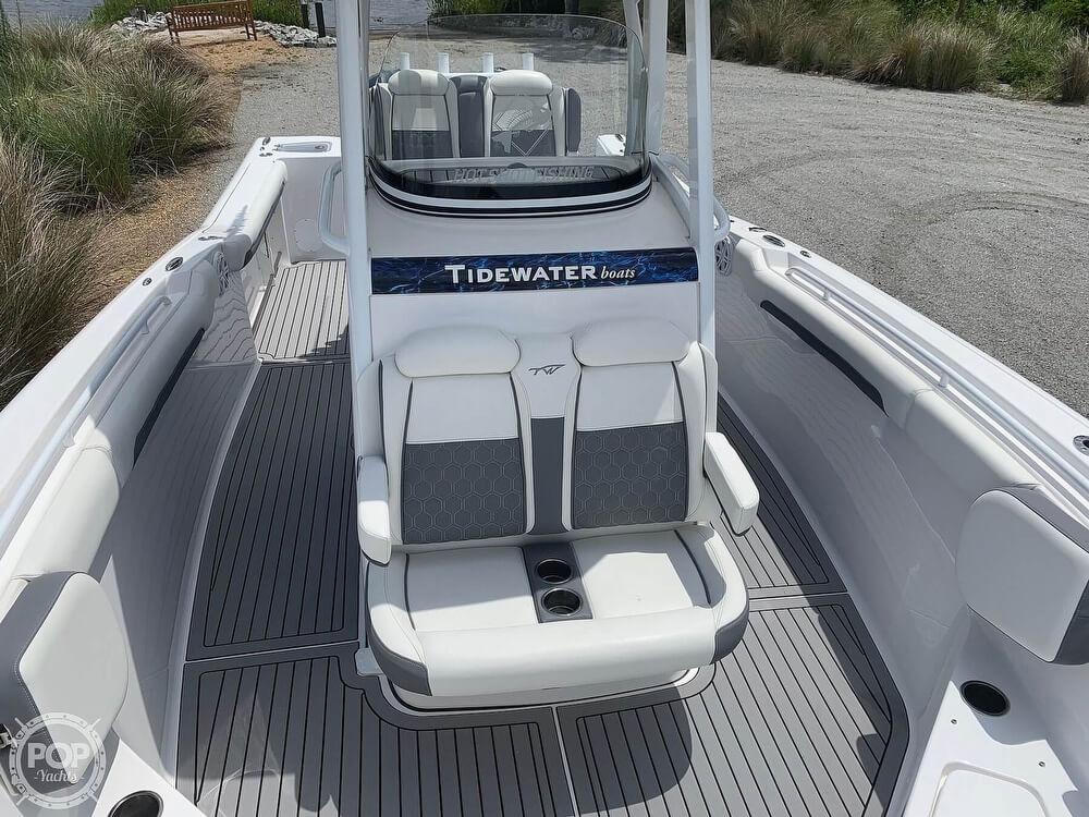 2018 Tidewater 28 - image 11