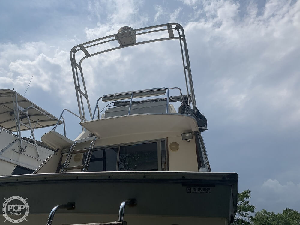 1988 Silverton boat for sale, model of the boat is 34 Convertible & Image # 9 of 40
