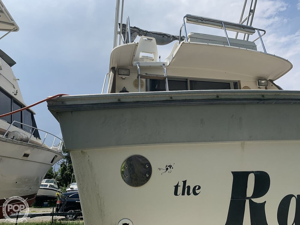 1988 Silverton boat for sale, model of the boat is 34 Convertible & Image # 10 of 40