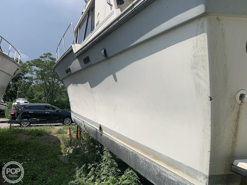 1988 Silverton boat for sale, model of the boat is 34 Convertible & Image # 11 of 40