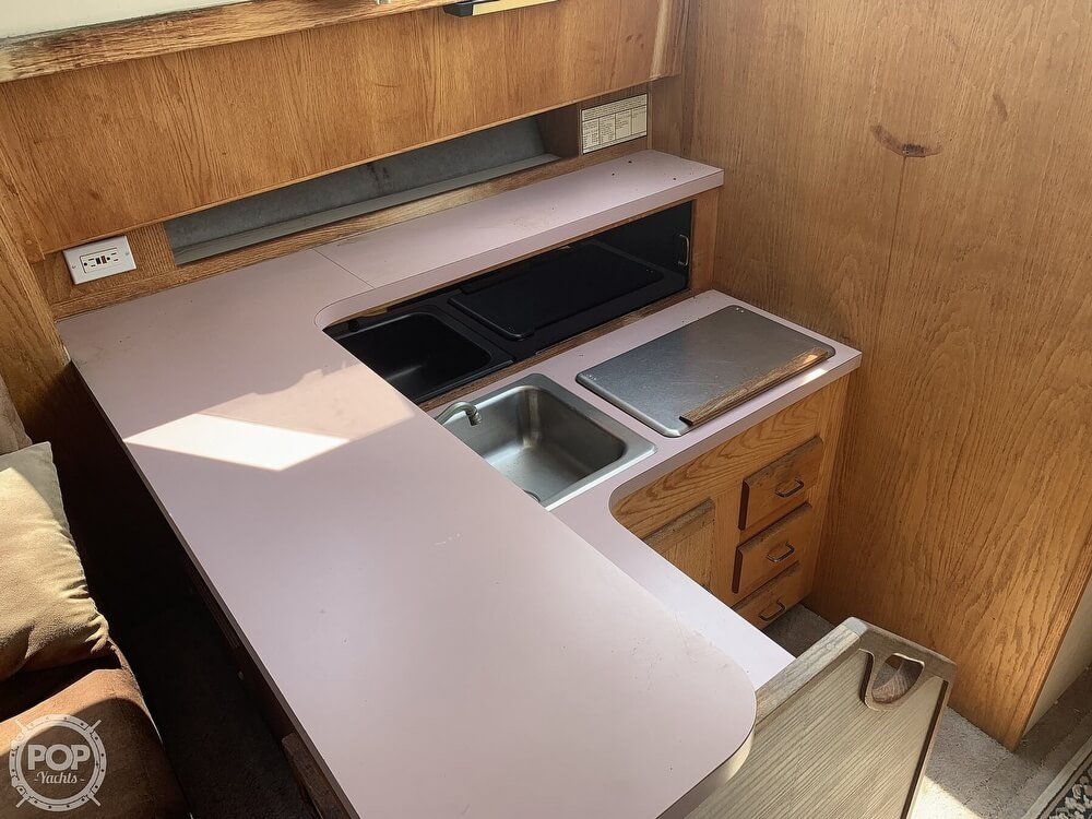 1988 Silverton boat for sale, model of the boat is 34 Convertible & Image # 34 of 40