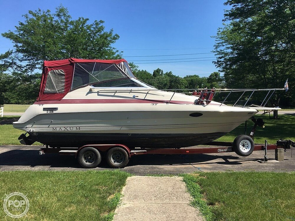 1990 Maxum boat for sale, model of the boat is 2555 ML & Image # 2 of 41