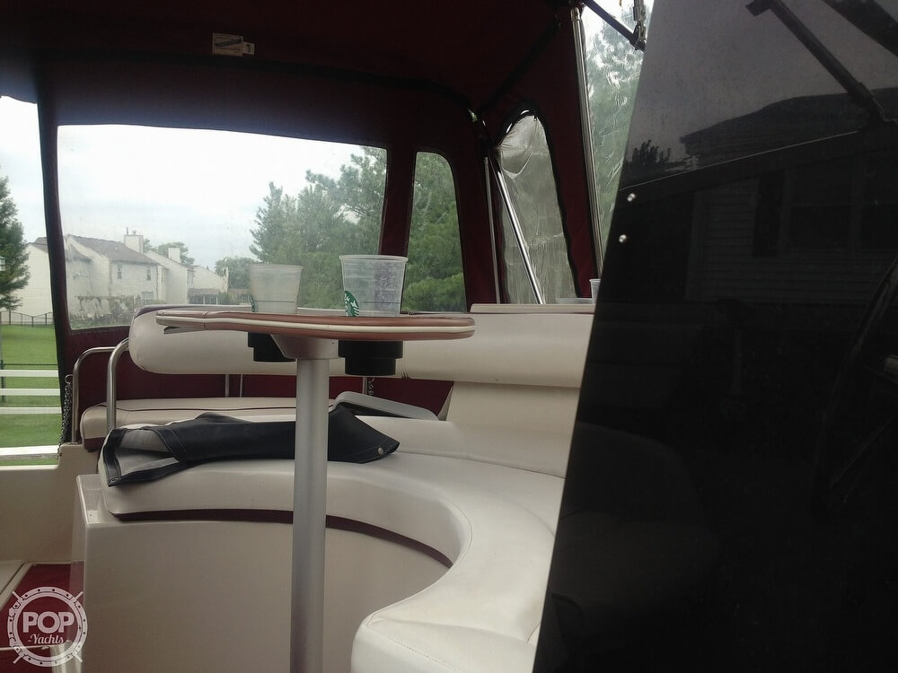 1990 Maxum boat for sale, model of the boat is 2555 ML & Image # 17 of 41