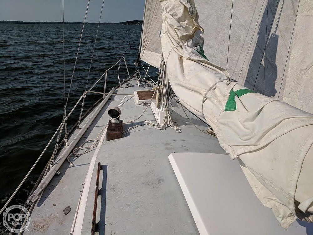 1967 Pearson boat for sale, model of the boat is Wanderer 30 & Image # 28 of 40