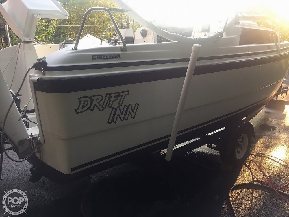 2002 Macgregor boat for sale, model of the boat is 26X & Image # 13 of 41