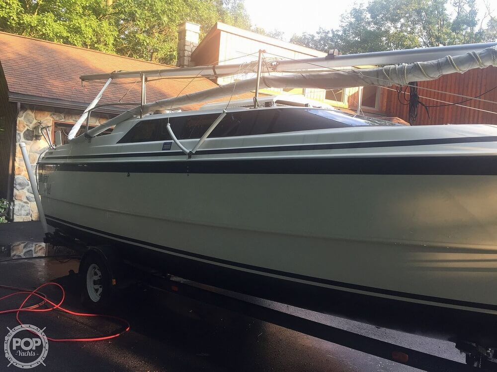 2002 Macgregor boat for sale, model of the boat is 26X & Image # 15 of 41