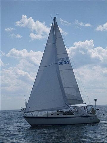 O'day 31, 31', for sale - $22,750