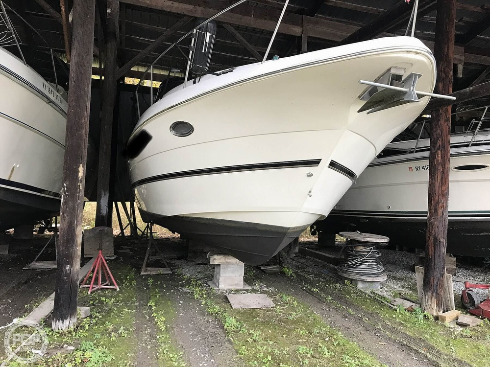 2004 Cruisers Yachts boat for sale, model of the boat is 340 Express & Image # 4 of 40