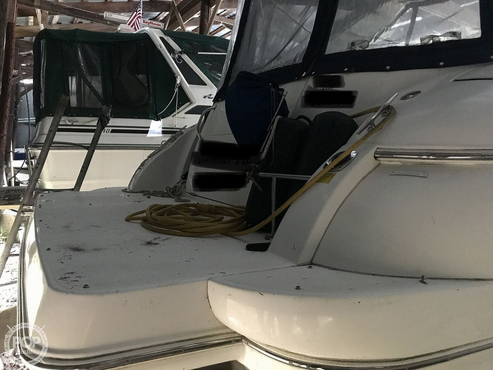 2004 Cruisers Yachts boat for sale, model of the boat is 340 Express & Image # 13 of 40