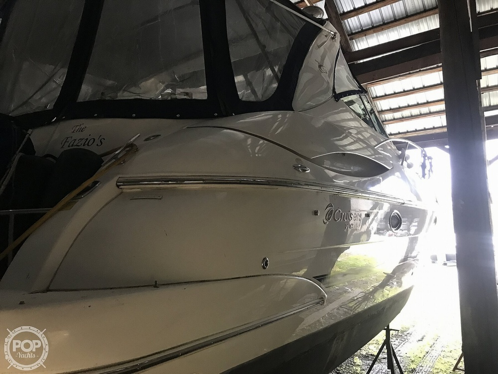 2004 Cruisers Yachts boat for sale, model of the boat is 340 Express & Image # 15 of 40