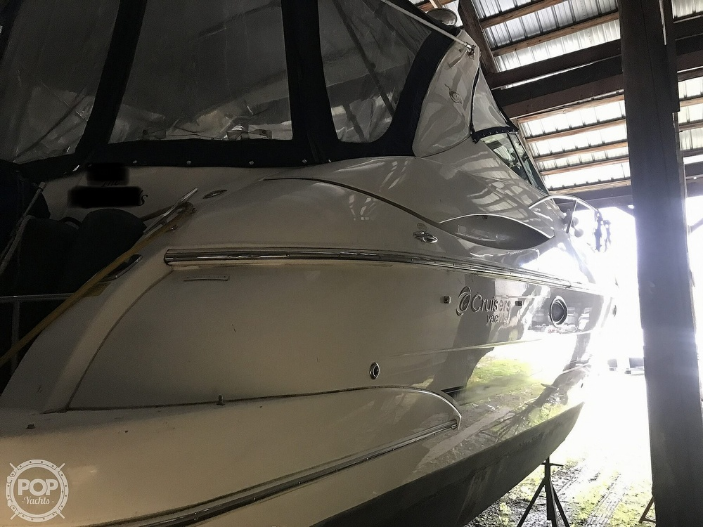 2004 Cruisers Yachts boat for sale, model of the boat is 340 Express & Image # 16 of 40