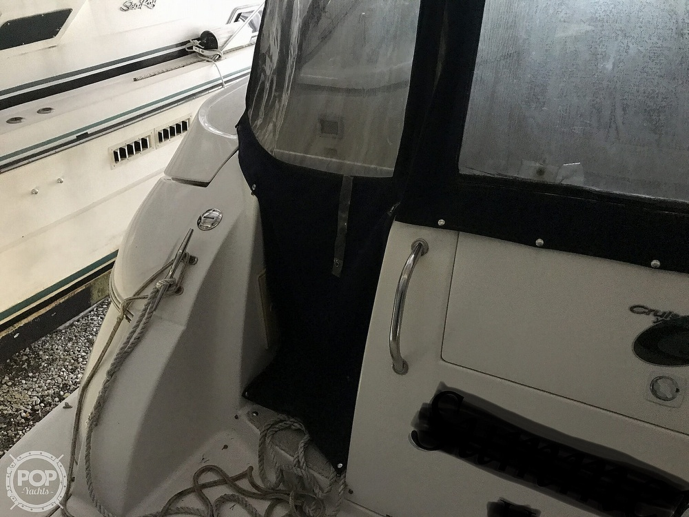 2004 Cruisers Yachts boat for sale, model of the boat is 340 Express & Image # 30 of 40