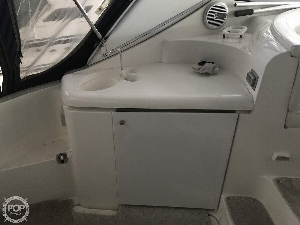 2004 Cruisers Yachts boat for sale, model of the boat is 340 Express & Image # 36 of 40