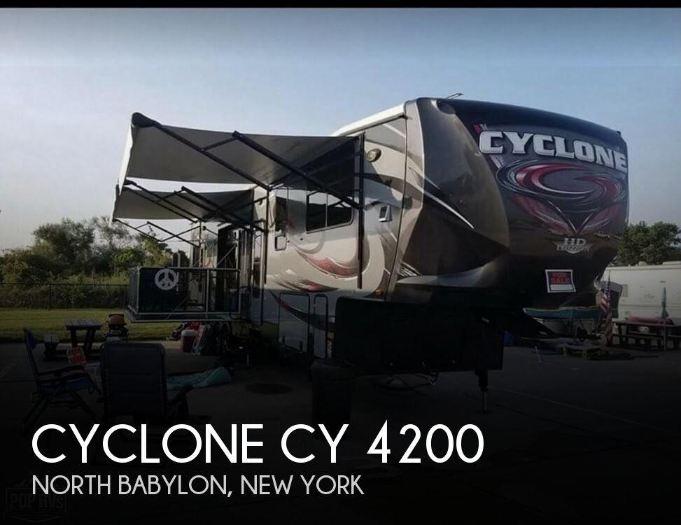 2015 Heartland Cyclone 42