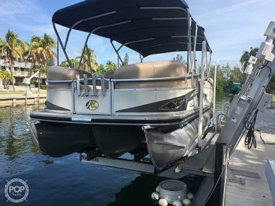 Sun Tracker Party-Barge 25 XP3, 25, for sale - $22,750