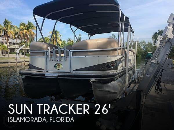 2010 Sun Tracker 24