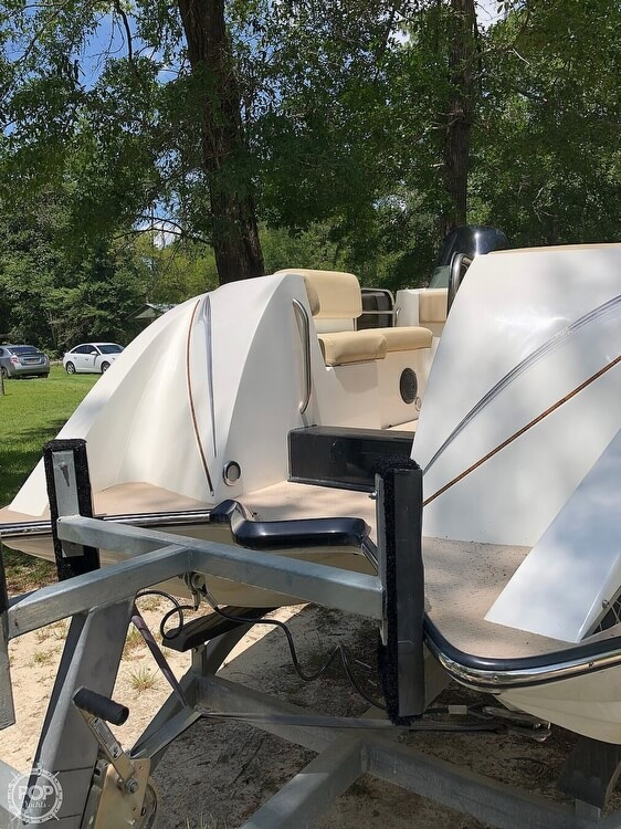 2016 Caravelle boat for sale, model of the boat is Razor 237UU & Image # 36 of 38