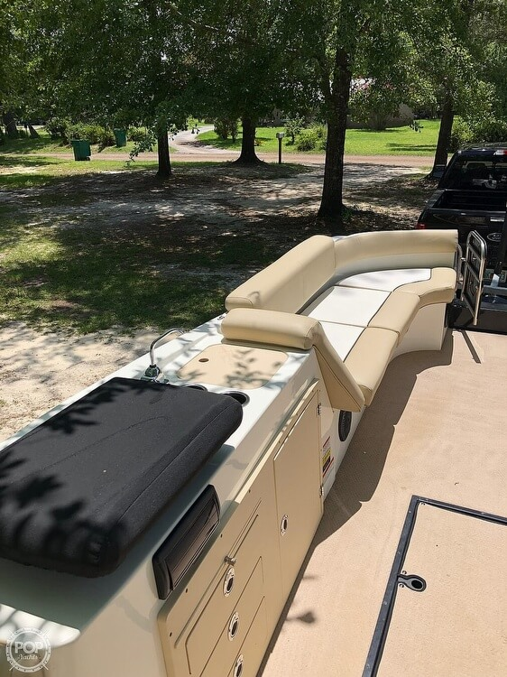 2016 Caravelle boat for sale, model of the boat is Razor 237UU & Image # 26 of 38