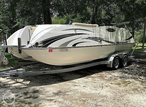 2016 Caravelle boat for sale, model of the boat is Razor 237UU & Image # 3 of 38