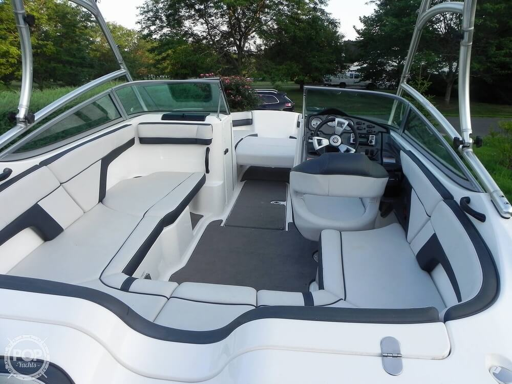 2015 Yamaha boat for sale, model of the boat is AR 210 & Image # 7 of 40