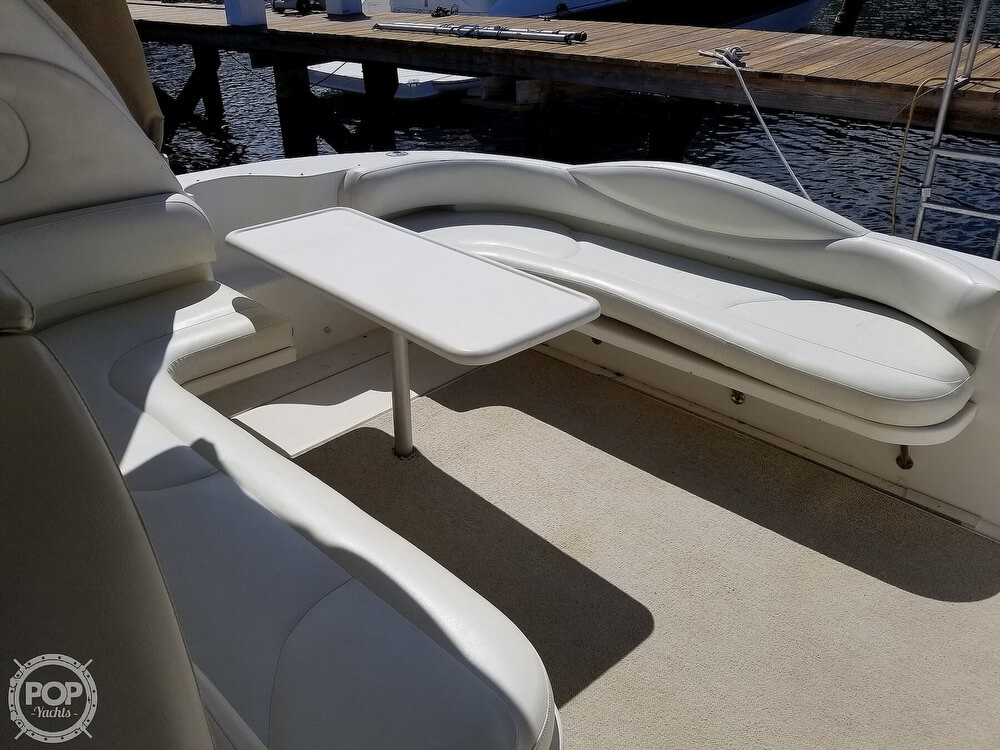 2000 Sea Ray boat for sale, model of the boat is 410 Sundancer & Image # 17 of 40