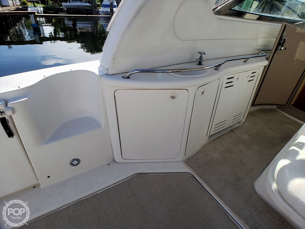 2000 Sea Ray boat for sale, model of the boat is 410 Sundancer & Image # 25 of 40