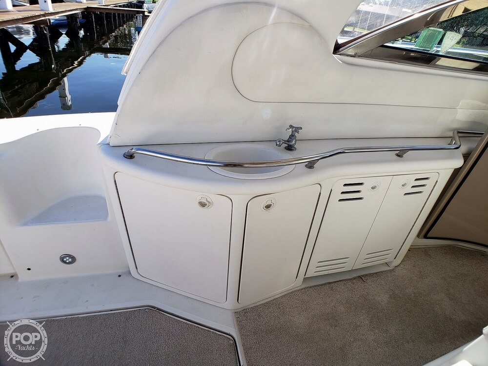 2000 Sea Ray boat for sale, model of the boat is 410 Sundancer & Image # 32 of 40