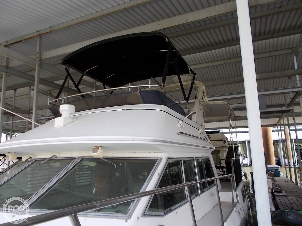 1986 Sea Ray boat for sale, model of the boat is 360 Aft Cabin & Image # 20 of 40