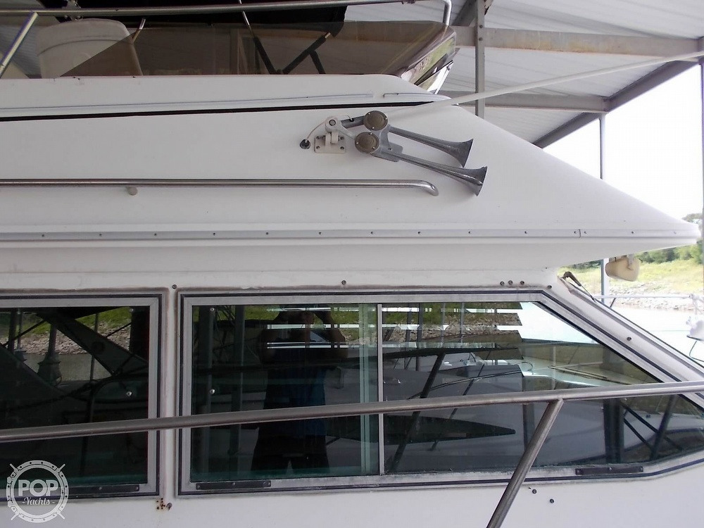 1986 Sea Ray boat for sale, model of the boat is 360 Aft Cabin & Image # 24 of 40
