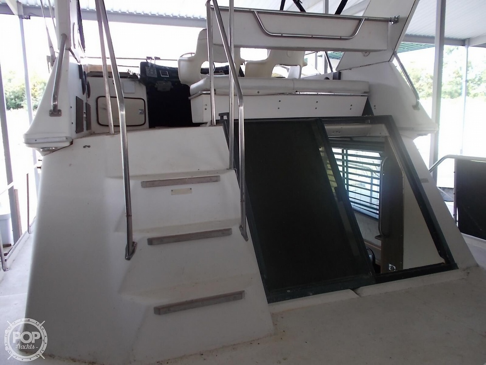 1986 Sea Ray boat for sale, model of the boat is 360 Aft Cabin & Image # 38 of 40