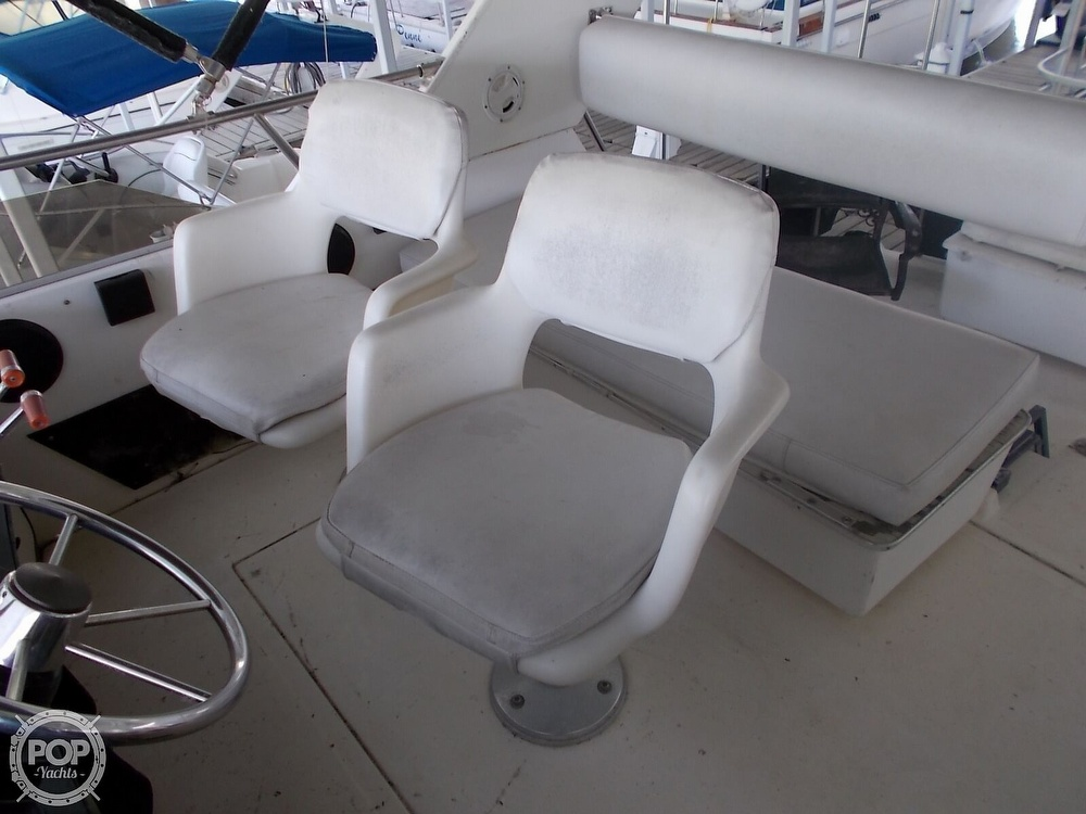 1986 Sea Ray boat for sale, model of the boat is 360 Aft Cabin & Image # 8 of 40
