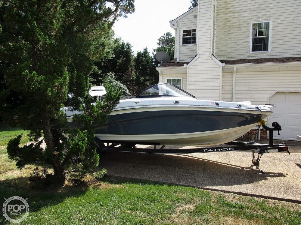 2018 Tahoe boat for sale, model of the boat is 550 TF ski & fish & Image # 4 of 41