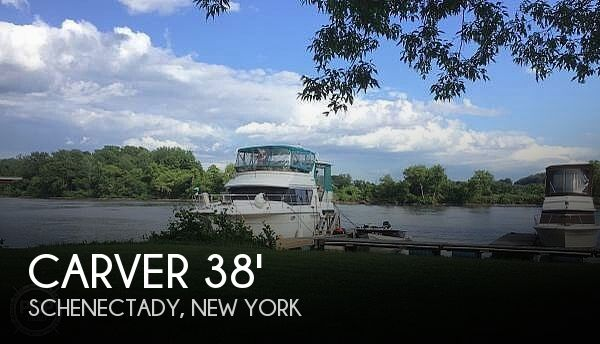 Used Carver Boats For Sale in New York by owner | 1993 Carver 40