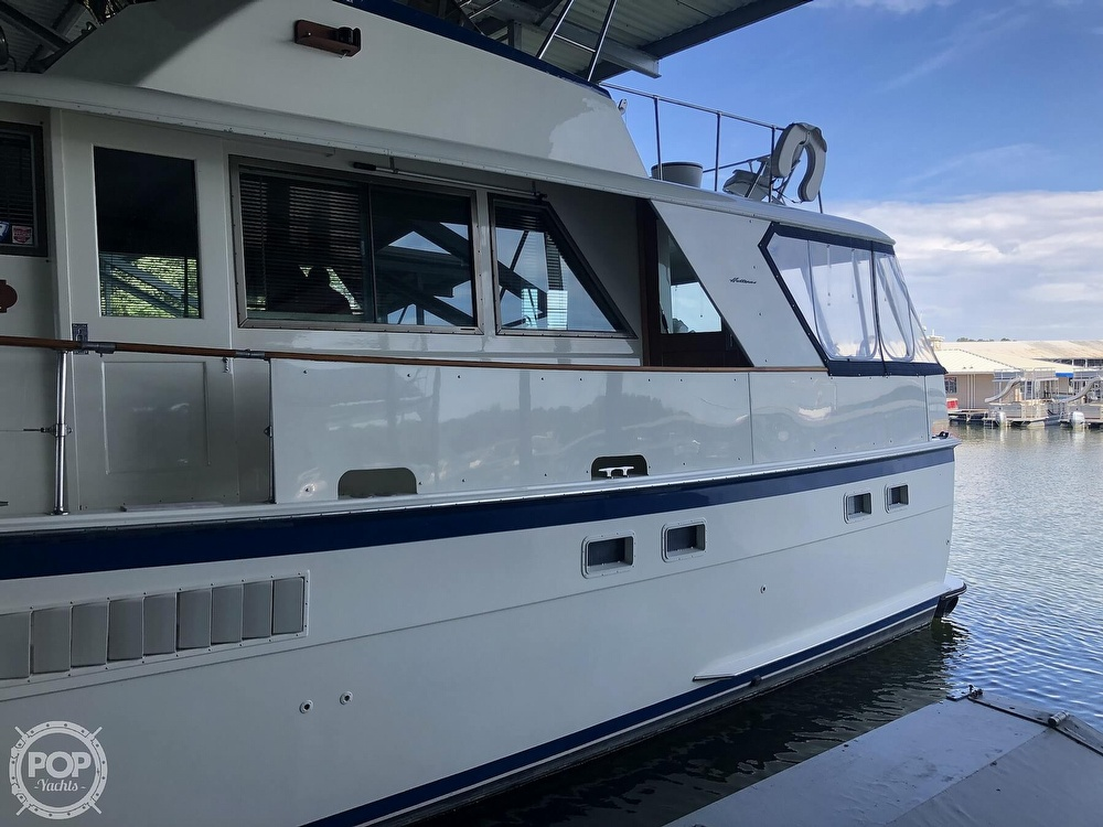 1977 Hatteras boat for sale, model of the boat is 53 & Image # 9 of 40