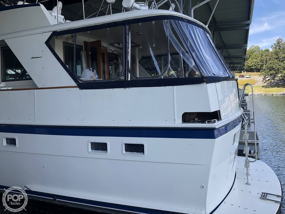 1977 Hatteras boat for sale, model of the boat is 53 & Image # 13 of 40