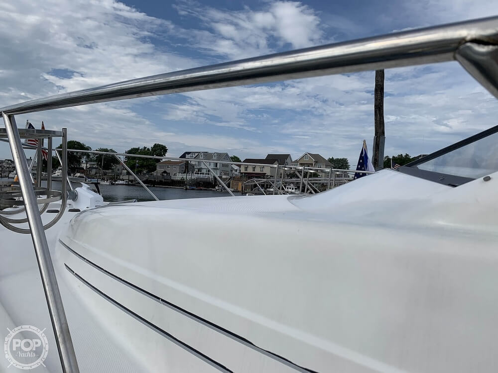 2001 Bayliner boat for sale, model of the boat is 3988 & Image # 36 of 40