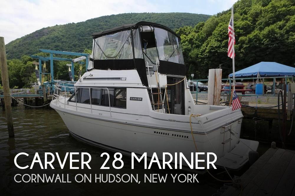1987 Carver 28 Mariner