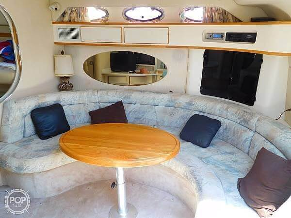 1994 Sea Ray boat for sale, model of the boat is 400 Express Cruiser & Image # 10 of 40