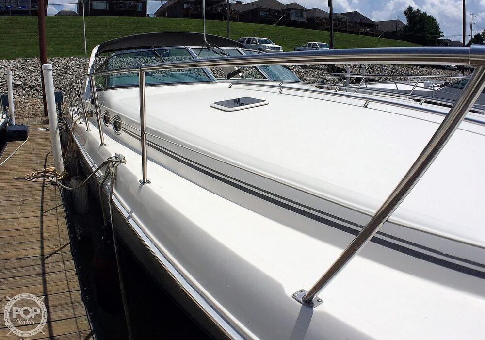 1994 Sea Ray boat for sale, model of the boat is 400 Express Cruiser & Image # 35 of 40