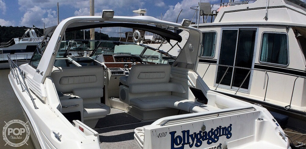 1994 Sea Ray boat for sale, model of the boat is 400 Express Cruiser & Image # 24 of 40
