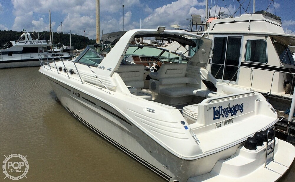 1994 Sea Ray boat for sale, model of the boat is 400 Express Cruiser & Image # 18 of 40