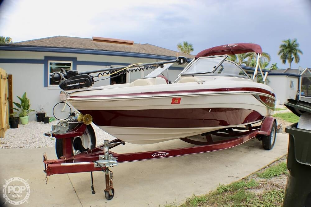 2011 Tahoe boat for sale, model of the boat is Q5i SF & Image # 2 of 40