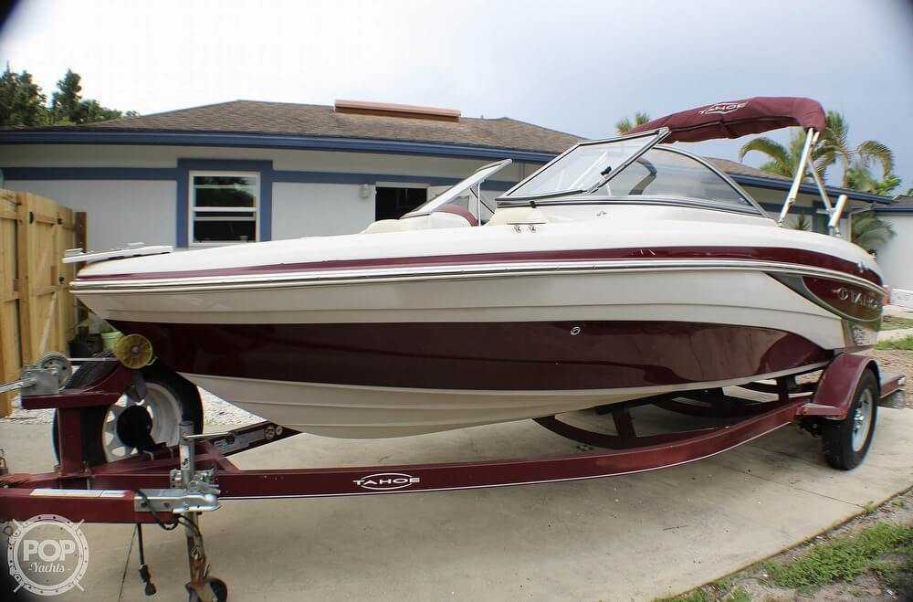 2011 Tahoe boat for sale, model of the boat is Q5i SF & Image # 18 of 40